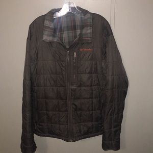 XL Columbia Reversible Jacket. (Plaid/Grey)